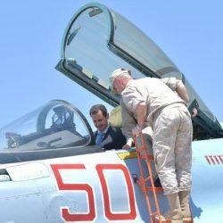 الرئيس السوري بشار الأسد يزور قاعدة حميميم الجوية