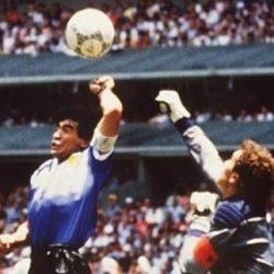 دييغو مارادونا : نجوت من تقنية الفيديو عام 1986