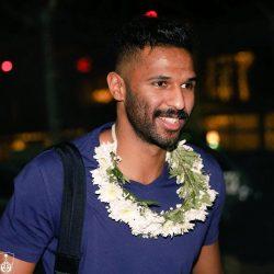 محمد العويس يصل إلى مطار الملك عبدالعزيز بجدة بعد انضمامه للنادي الأهلي