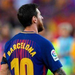 مستقبل النجم الأرجنتيني ليونيل ميسي مع برشلونة لم يعد مضمونا لهذه الاسباب