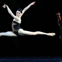 مسرح بيرم للأوبرا والباليه يدعو الباليرينا الأولى في المسرح الملكي البريطاني للرقص علي خشبته