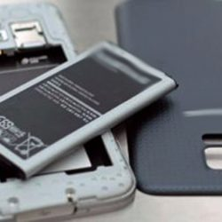 تعرف علي الأسباب التي تدفع لتجنب الهواتف ذات «البطاريات غير القابلة للإزالة»