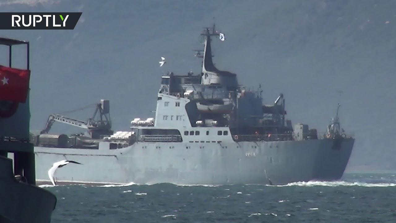 شاهد سفينة حربية روسية في طريقها إلى سواحل سوريا