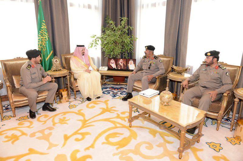 الأمير فيصل بن خالد يستقبل مدير شرطة المنطقة
