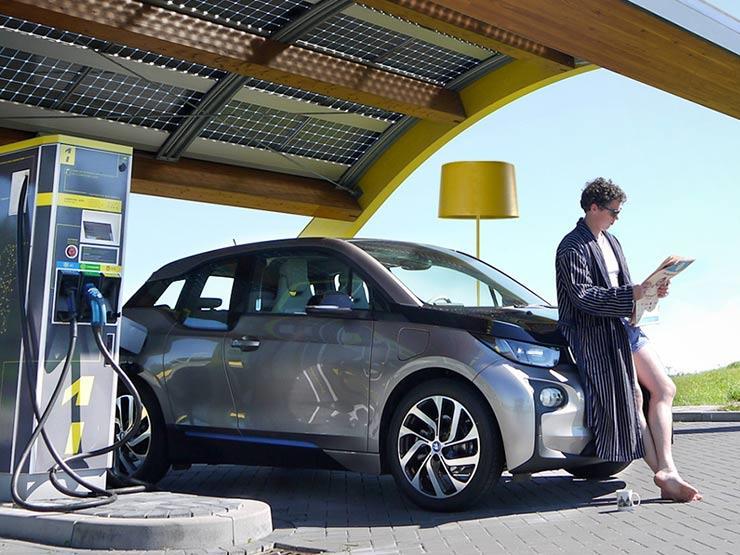 تقنية جديدة تتيح إمكانية شحن السيارات الكهربائية.. ستقطع بواسطتها آلاف الكيلومترات