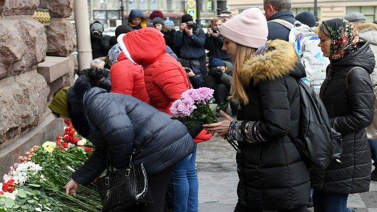 إحياء الذكرى السنوية الأولى لضحايا الهجوم الإرهابي الذي وقع داخل مترو المدينة بروسيا