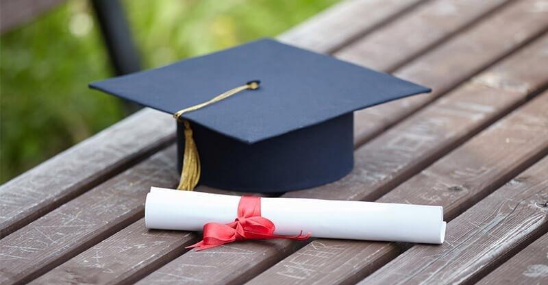 """الباحثة """"مشاعل الغامدي"""" تحصد درجة الدكتوراه من جامعة الإمام محمد بن سعود الإسلامية"""