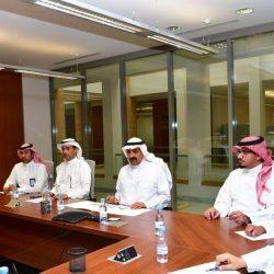 أمير مكة يبحث مع مساعد وزير الداخلية لشؤون العمليات ومدير السجون الخطط الأمنية وتطوير الإصلاحيات