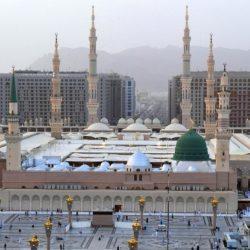 أكلات ومشروبات العالم الإسلامى تجتمع على مائدة وادى فى الحرم النبوى