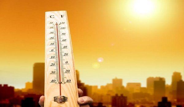 الهيئة العامة للأرصاد وحماية البيئة : استمرار تأثر المنطقة الشرقية والوسطي بكتلة شديدة الحرارة