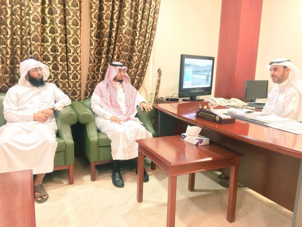 الدكتور محمد بن إبراهيم يباشر عمله مديراً لتعليم الأفلاج ويلتقي المحافظ