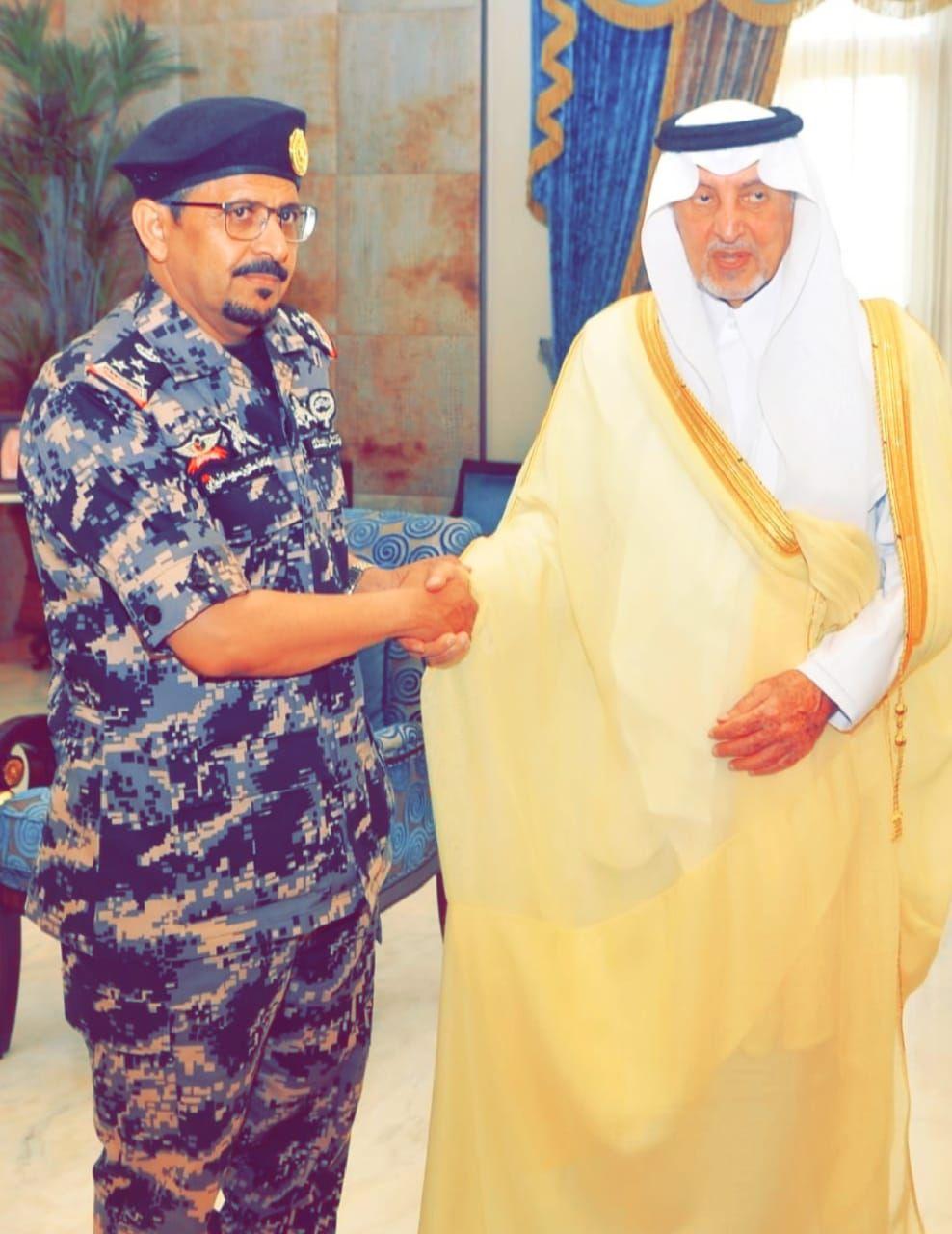 أمير منطقة مكة المكرمة يقلد مساعد قائد قوة أمن المنشآت رتبته الجديدة