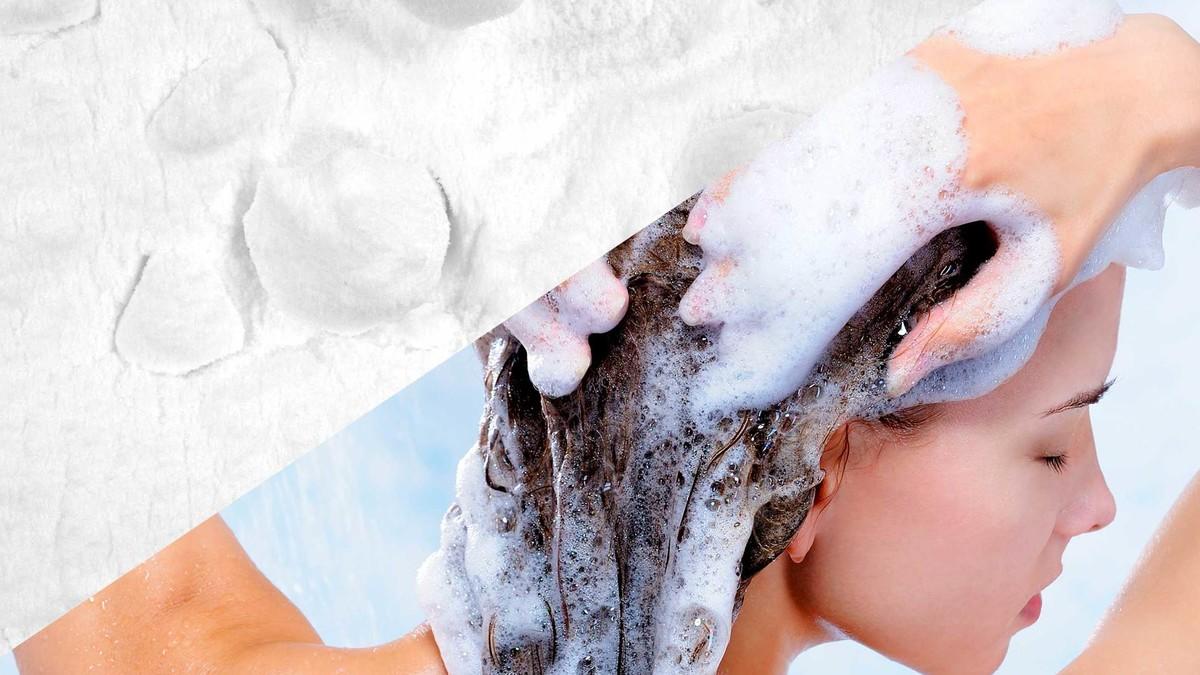 طرق طبيعية لغسل الشعر بدون شامبو