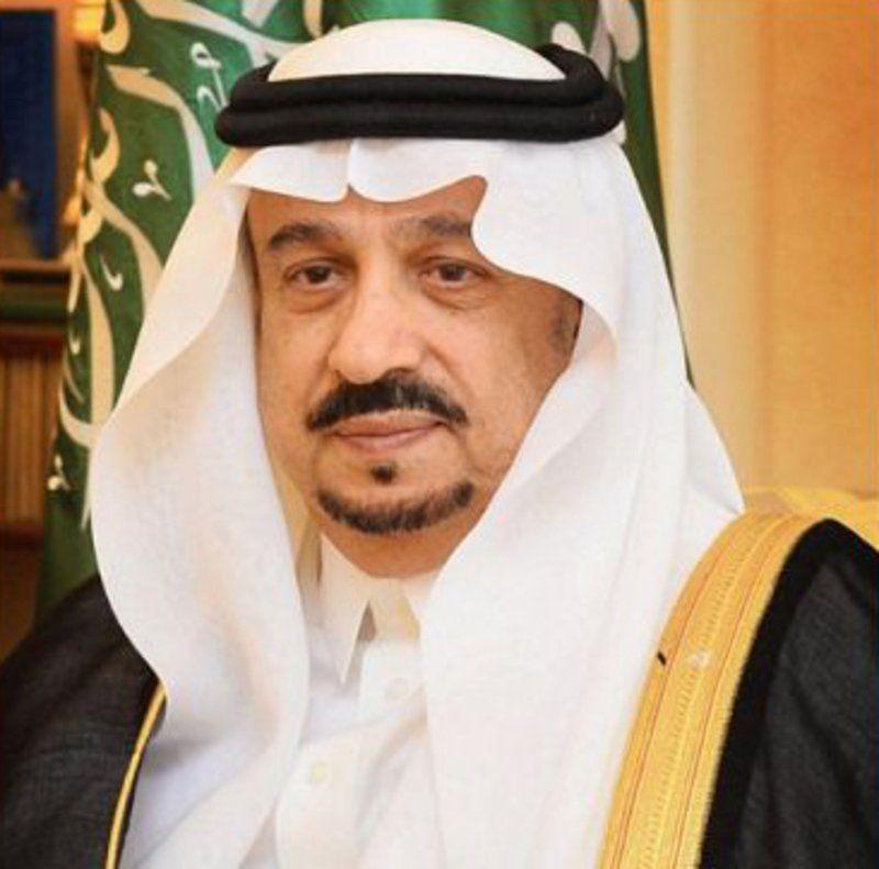 فيصل بن بندر يعزي الأمير جلوي بن عبدالعزيز في وفاة والدته