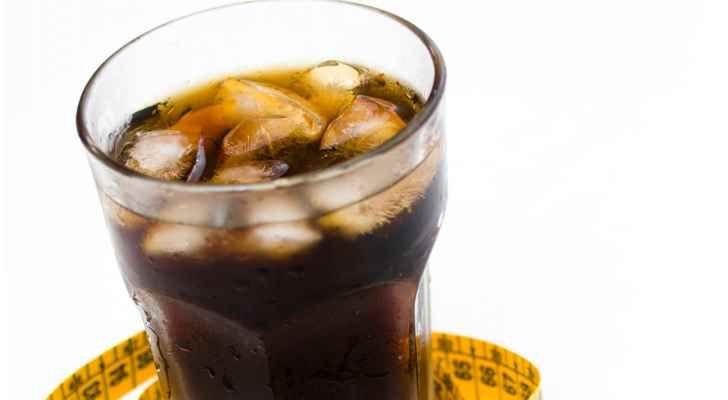 المشروبات الغازية من أكثر المواد ضررا لجسم الأنسان