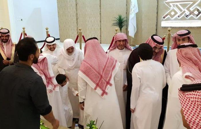 الشاب مساعد بن عبد الله العثيمين يحتفل بزفافه