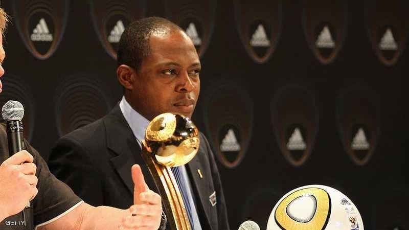 الاتحاد الدولي لكرة القدم يوقف أفضل لاعب في أفريقيا بسبب علاقته بالقطري ابن همام