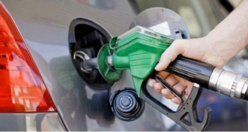 إغلاق محطات الوقود الواقعة بطريق الساحل الدولي يربك المسافرين من حجاج ومواطنين في حرج وأزمة شديدين