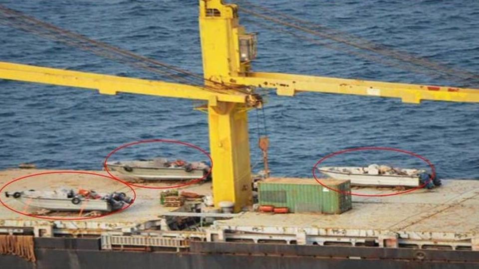 واشنطن تتخذ إجراءات ضد سفينة إيرانية قدمت الدعم للحوثيين