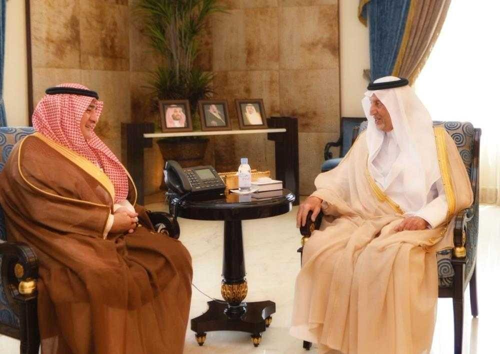 أمير منطقة مكة المكرمة يستعرض و«أمين جدة» خطط الأمانة المستقبلية