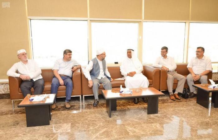الدكتور علي أرباش ينوه بنجاح موسم الحج وحسن تنظيمه