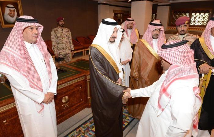الأمير فيصل بن خالد يستقبل المهنئين بعيد الأضحى من منسوبي الإمارة