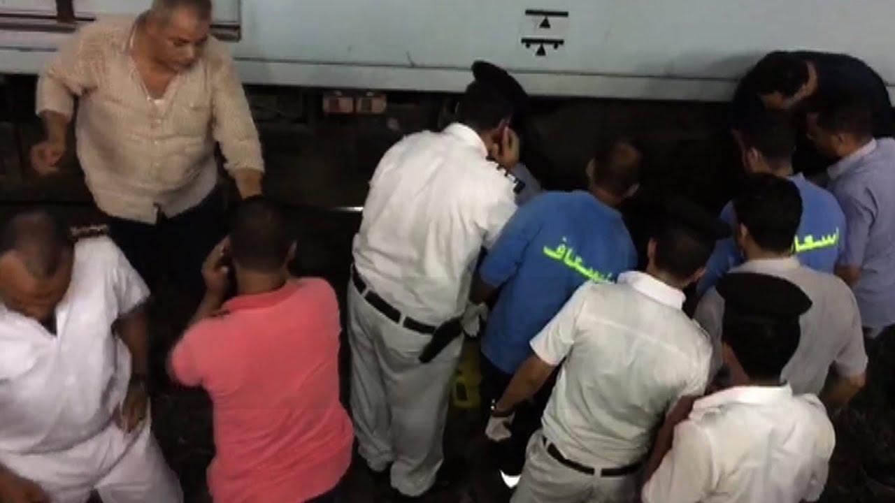 بالفيديو موظف يحاول الانتحار في المترو بمحطة جمال عبدالناصر