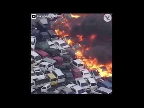 شاهد إعصار اليابان المدمر يشعل النيران ويلتهم السيارات