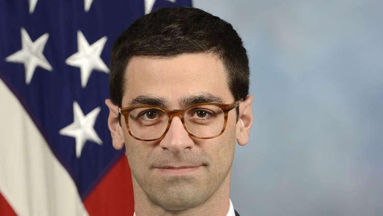 مساعد وزير الدفاع الأمريكي: وجود إيران العسكري في سوريا يقلل فرص التسوية