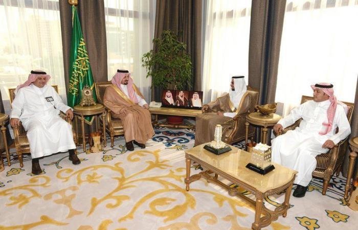 الأمير فيصل بن خالد يستقبل محافظ الهيئة العامة للمنشآت الصغيرة والمتوسطة
