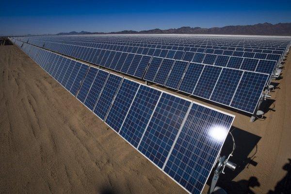 وزارة الطاقة تؤكد خططها الرامية ببلوغ مكانة عالمية في الطاقة الشمسية