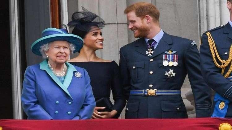 ملكة بريطانيا ترى أن كلمة حامل مبتذلة !!!!