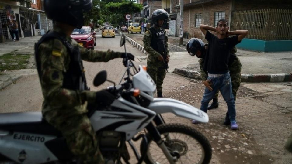 مقتل زعيم عصابة مسلحة فى كولومبيا