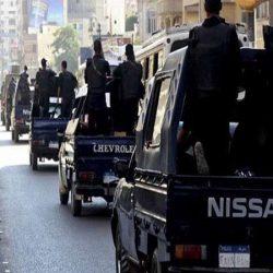شرطة أبوتيج بمديرية أمن أسيوط تلقي القبض علي شخص بتهمه سرقة مبلغ مالى