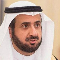 عبدالله بن سليمان المبارك يطمئن على صحة قائد الدوريات قبل نقله للرياض