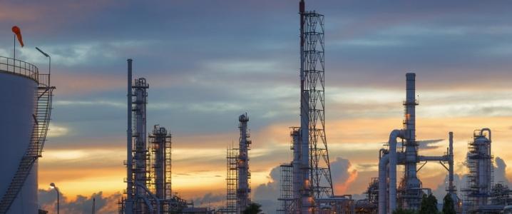 إرتفاع أسعار النفط بأكثر من 2% يوم أمس الثلاثاء وسط تفاؤل بشأن مباحثات التجارة