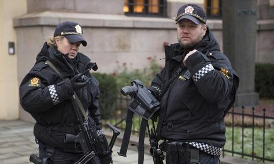 الشرطة النرويجية تعلن تعاملها مع حادث الطعن على إنه عمل إرهابى