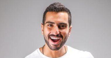 """الفنان محمد الشرنوبى ينهي تسجيل أغنيته الجديدة بعنوان """"جنون فنان"""""""