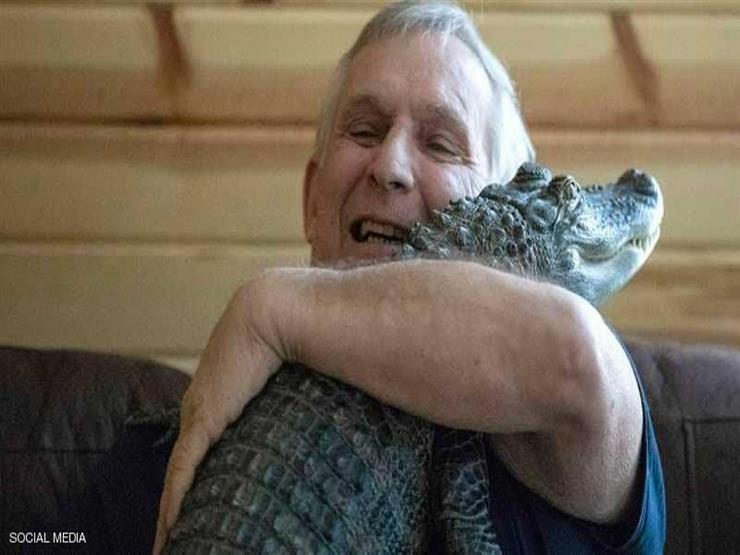 تمساح يعالج رجل أمريكي من الإكتئاب