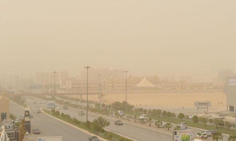 """""""الهيئة العامة للأرصاد وحماية البيئة"""": رياح مثيرة للأتربة والغبار على نجران والرياض والقصيم"""