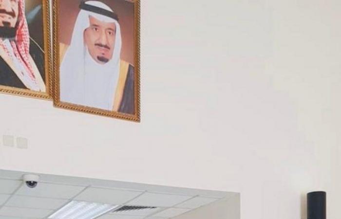 """""""مدير جوازات منطقة الرياض"""" يتفقد سير العمل بإدارة الجوازات بالسلي"""