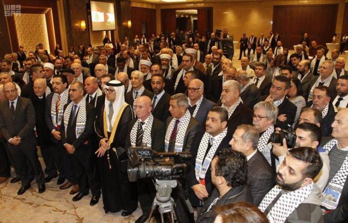 """وليد بن عبدالله بخاري يشارك في احتفال """"يوم فلسطين"""" في بيروت"""