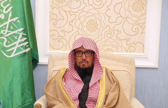 الدكتور عبداللطيف بن عبدالعزيز يربط فروع الوزارة وأماناتها بنائبه
