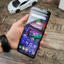 أولى التسريبات للنسخة الصفراء من هاتف Galaxy S10e
