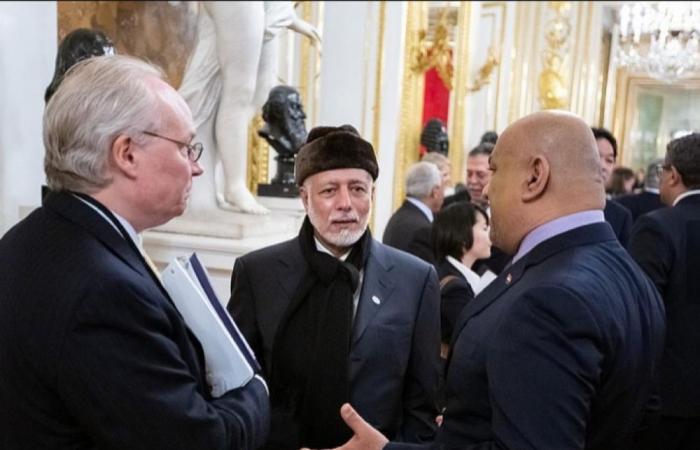 ابن علوي يلتقي مع معالي وزير الخارجية الأمريكي مايك بومبيو