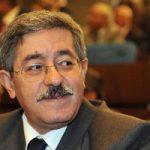 استلام  رئيس الوزراء الجزائرى الجديد مهام منصبة من سلفه أويحيى