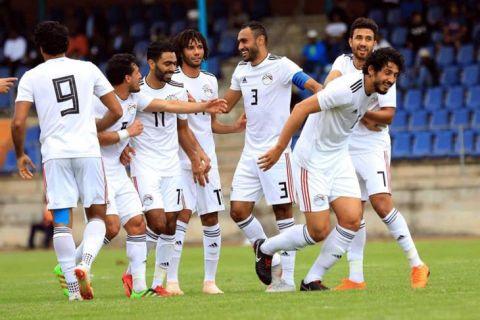 مصر تضع قدما فى أمم إفريقيا بفوزها على 2-0 على سوازيلاند