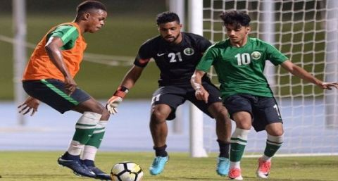 مدرب المنتخب السعودي الأولمبي لكرة القدم يتخذ قرارا فجائيا قبل دورة الألعاب الآسيوية