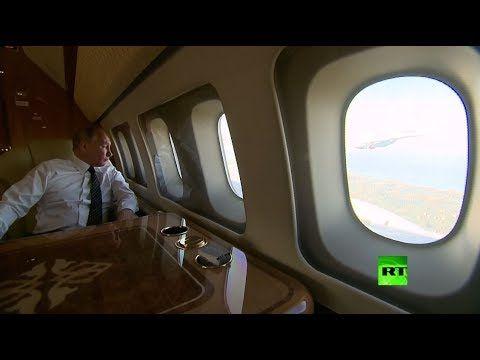 الرئيس الروسى يتابع طائرات الاستقبال الروسية فى سوريا مبتسما