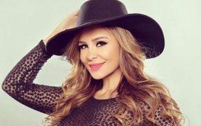 """الفنانة اللبنانية كارول سماحة تطرح فيديو كليب أغنيتها الجديدة """"صحابي"""""""